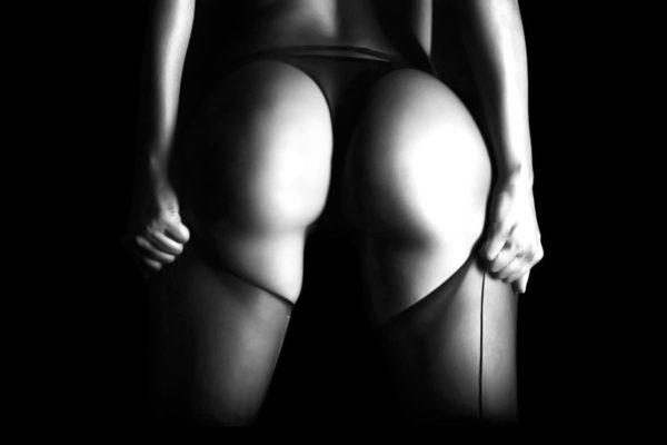 Erotik Giyimin Sekse Olan Katkısı